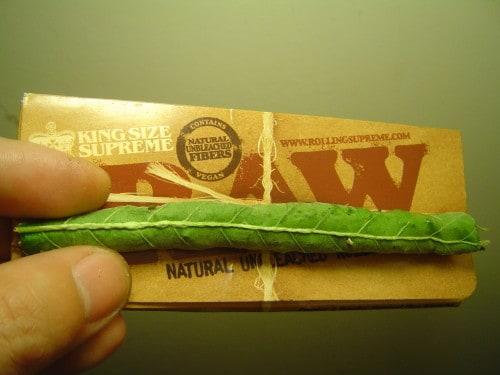 smoke marijuana leaves